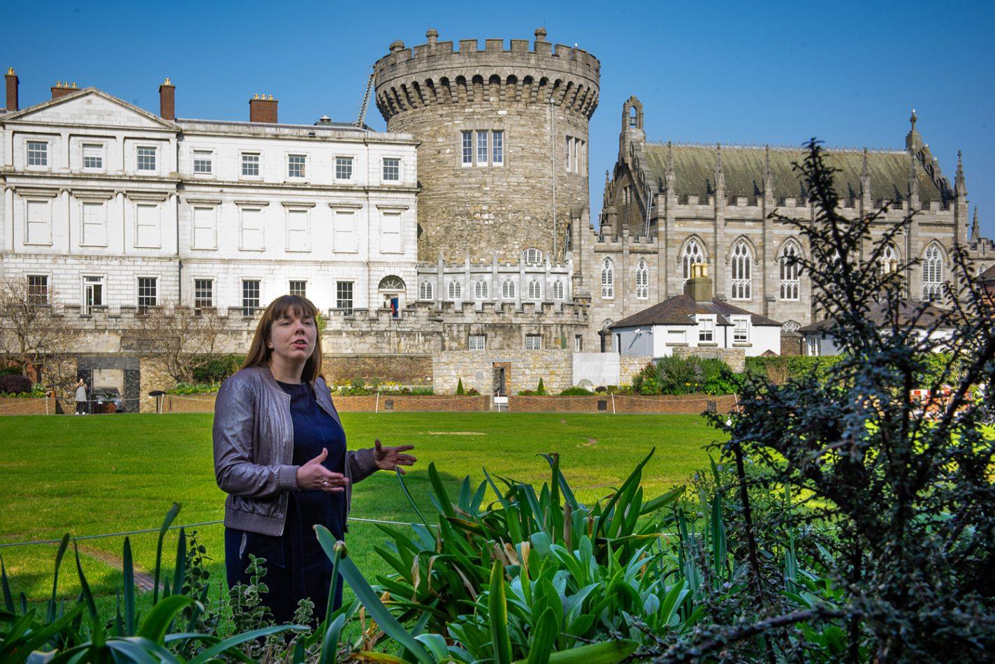 Cathelijne laat je als stadgids de mooiste plekken van Dublin zien - Ultieme Ierland Roadtrip
