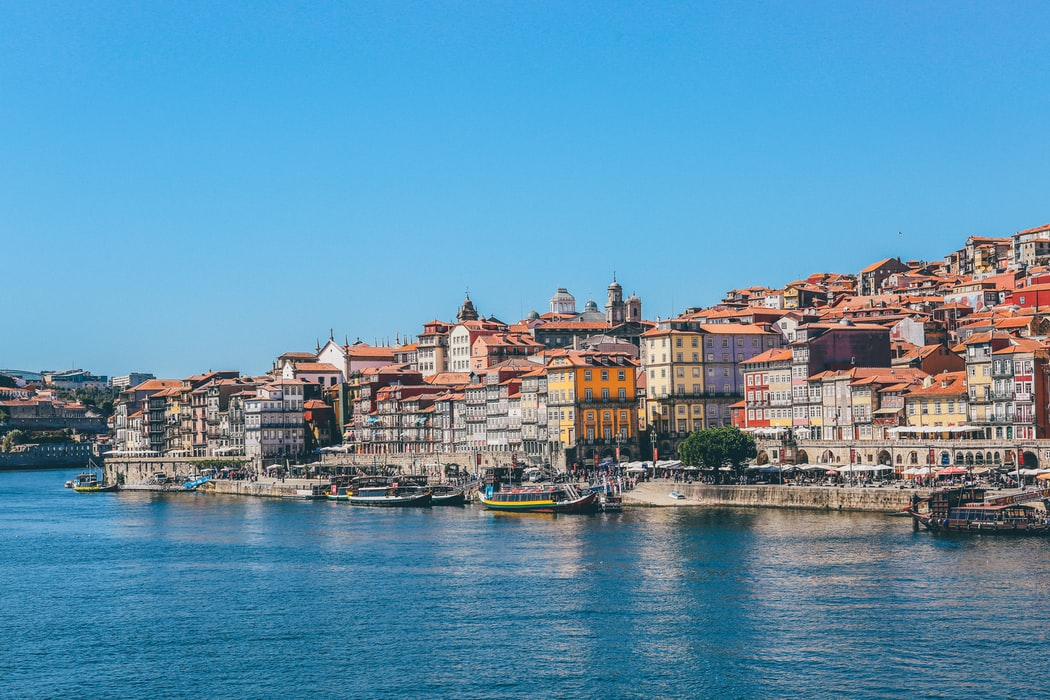 Havenstad Porto met de karakteristieke Porto boten