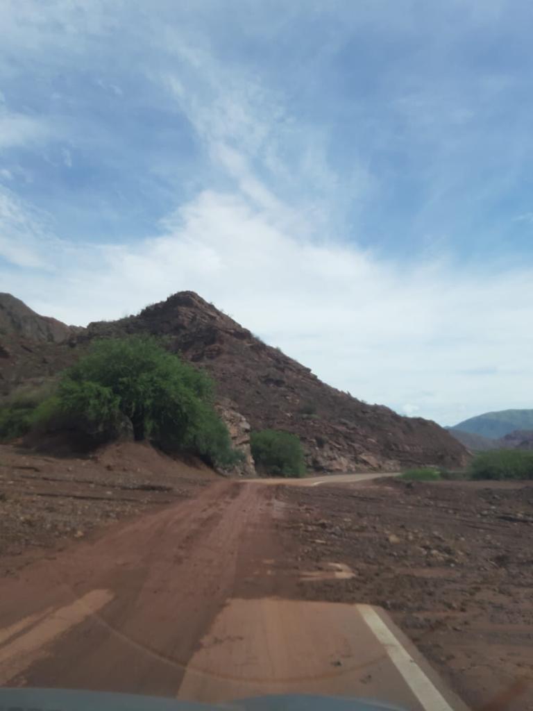 Veel modder op de weg