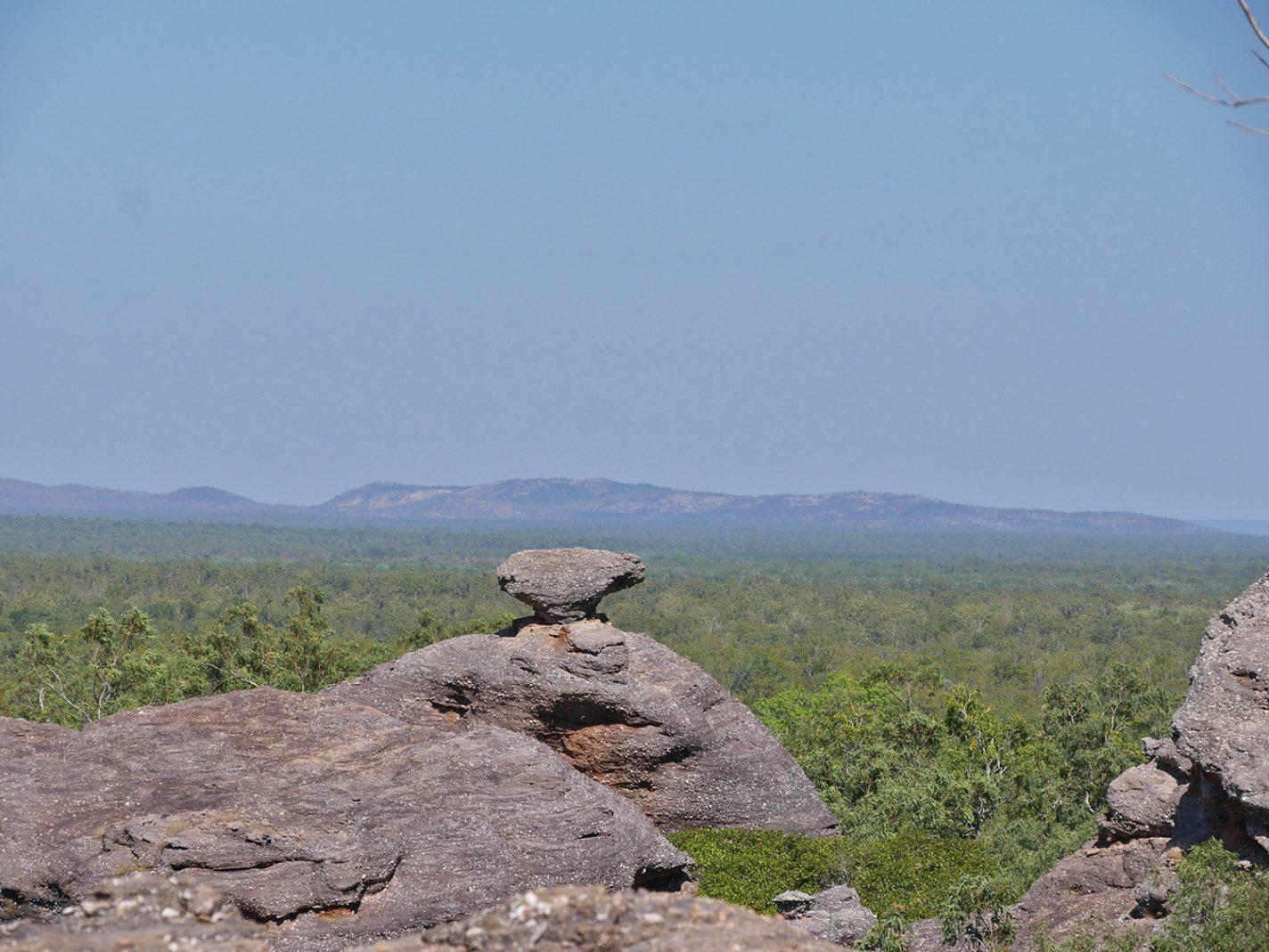 Mooi vergezicht vanaf Nourlangie Rock
