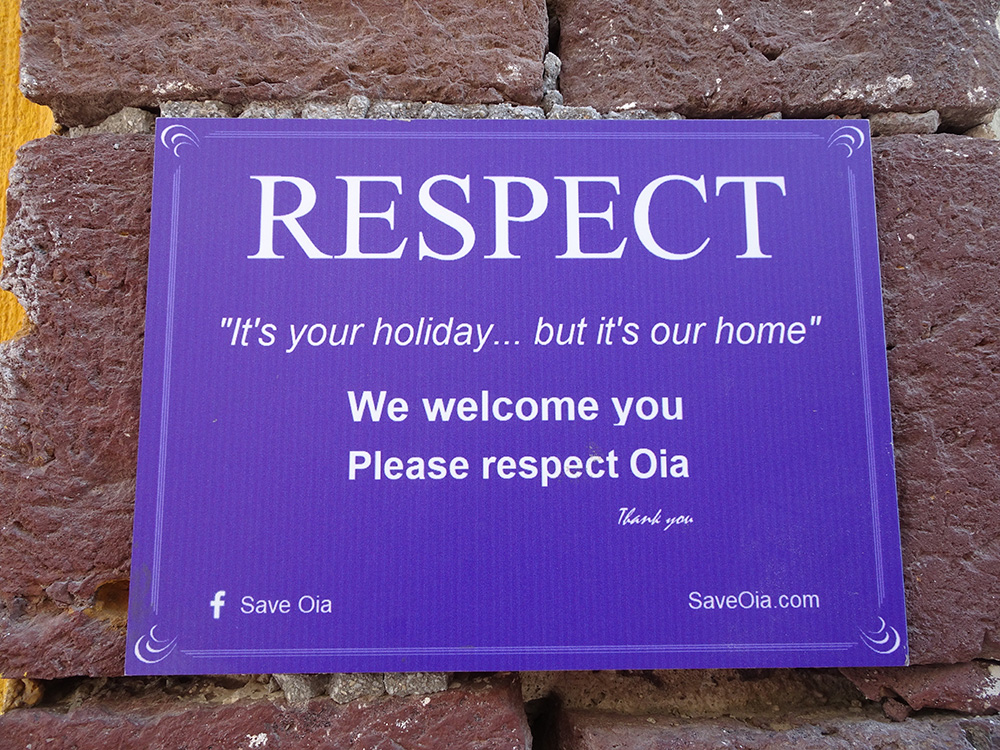 De inwoners van Santorini vragen respect