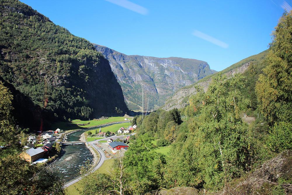 Een ander uitzichtpunt van de Flåmbaan
