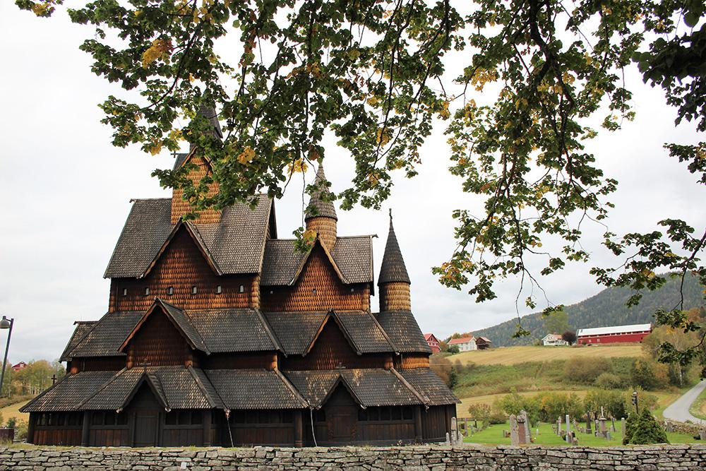 Grootste staafkerk van Oslo in Heddal - Zuid-Noorwegen