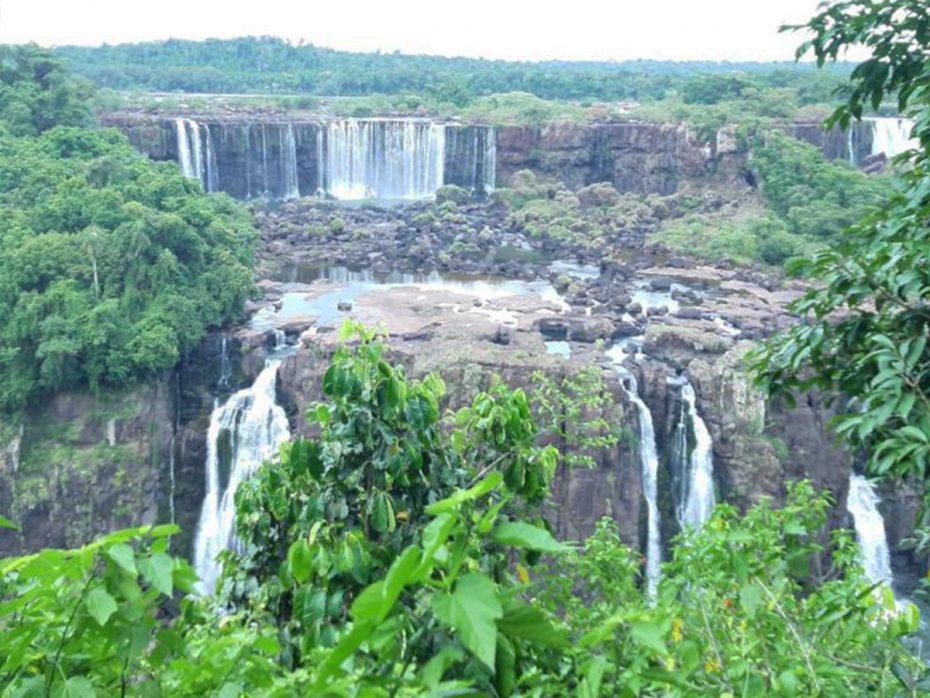 Iguazu watervallen – een mooie, maar zeer toeristische plek