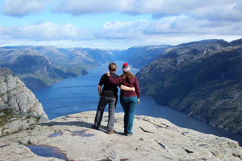 Op de top van de Preikestolen; woorden schieten tekort - Zuid-Noorwegen