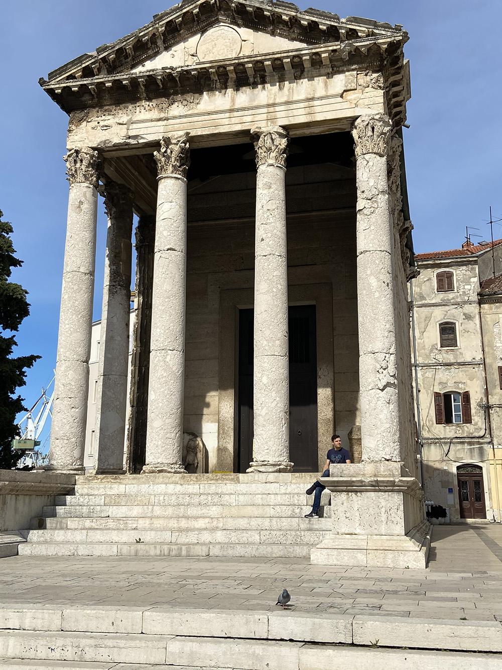 Tempel van Augustus