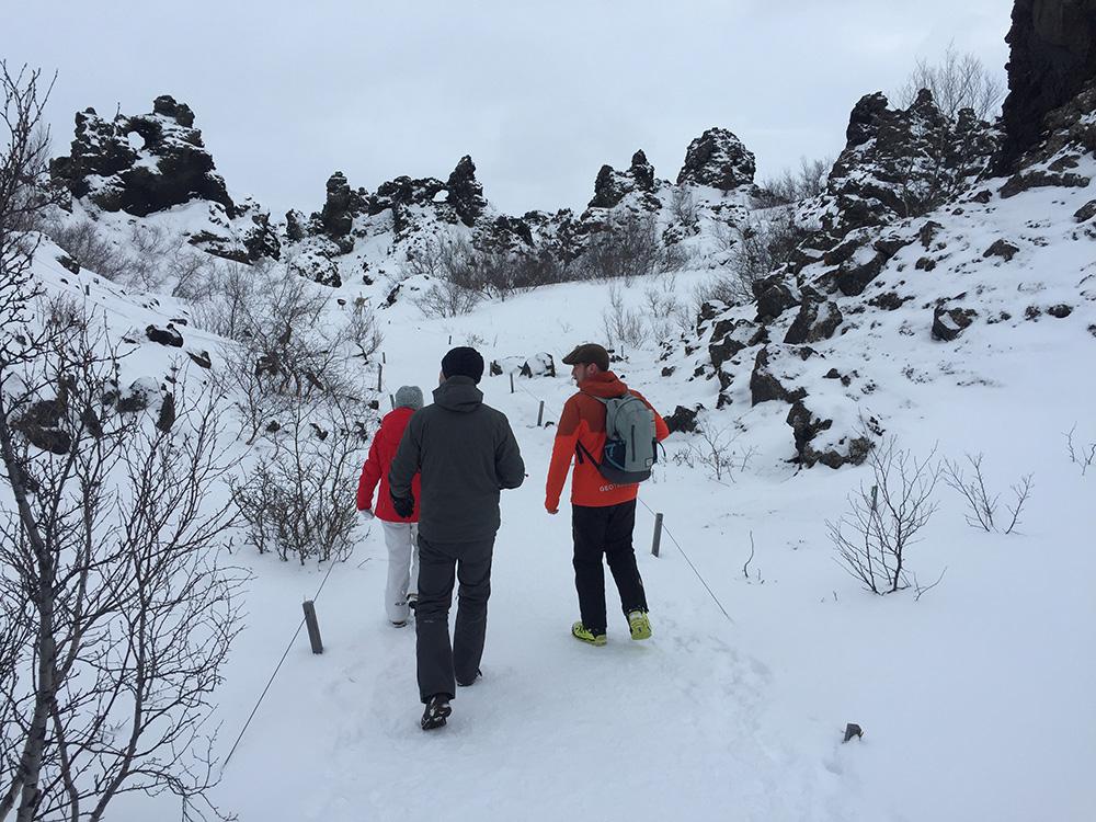 Sneeuwwandeling bij Dimmuborgir - IJsland in de winter