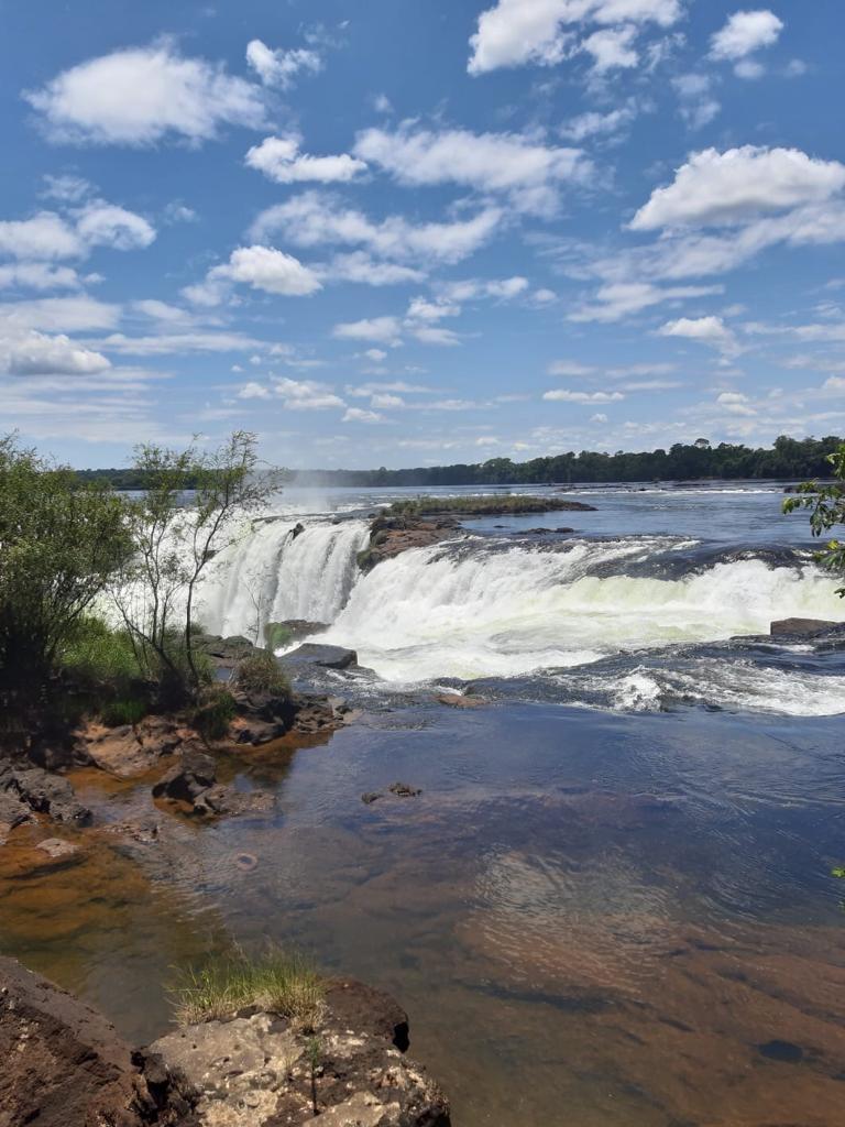Watervallen vanaf bovenkant