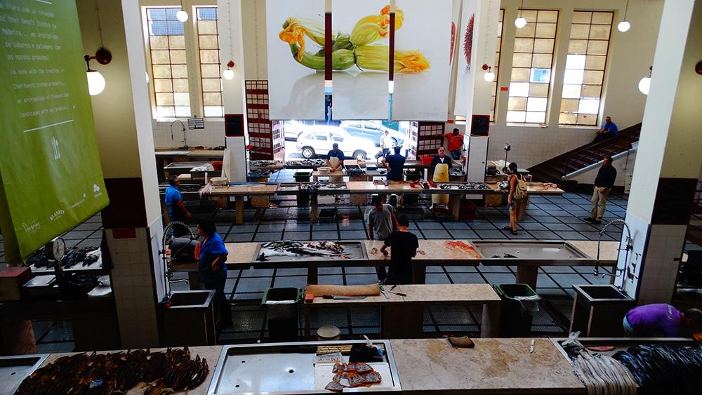 De vismarkt van Mercado dos Lavradores