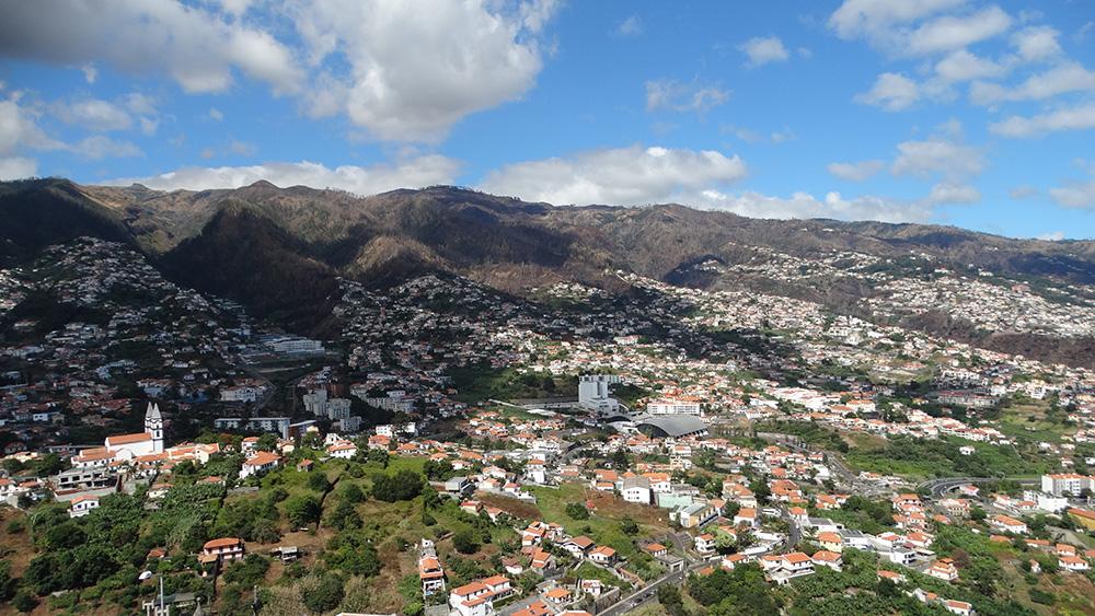 Een van de vele miradouros van Madeira