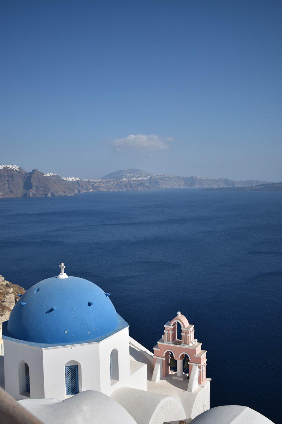 Blauwe daken op Santorini