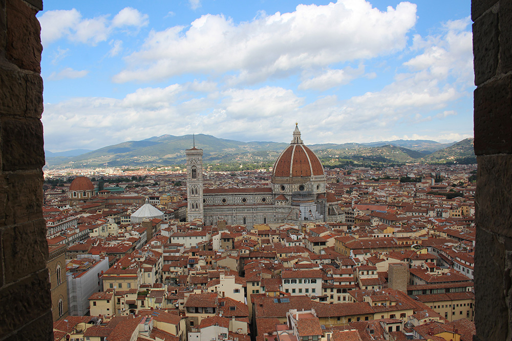 Uitzicht op Florence en de Duomo vanaf de toren van Arnolfo bij Palazzo Vecchio - Toscane