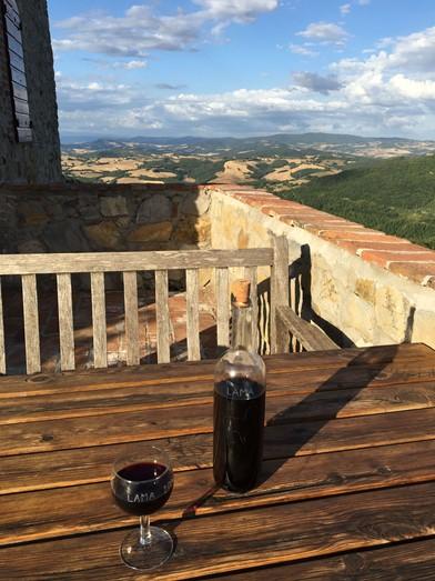 Podere lama heeft haar eigen wijn