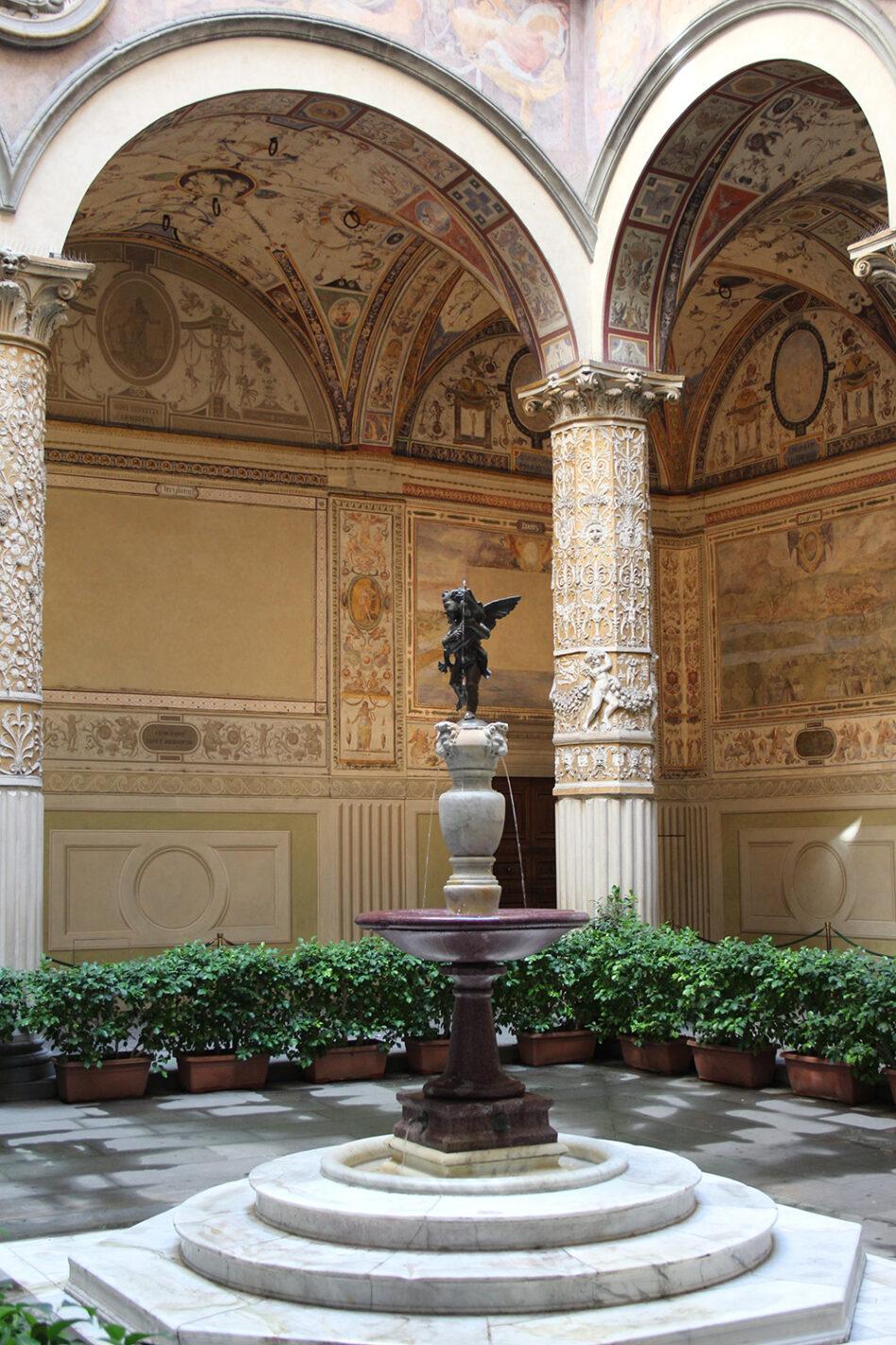 Niet de Neptunesfontein, maar een andere mooie mini fontein aan Piazza della Signoria