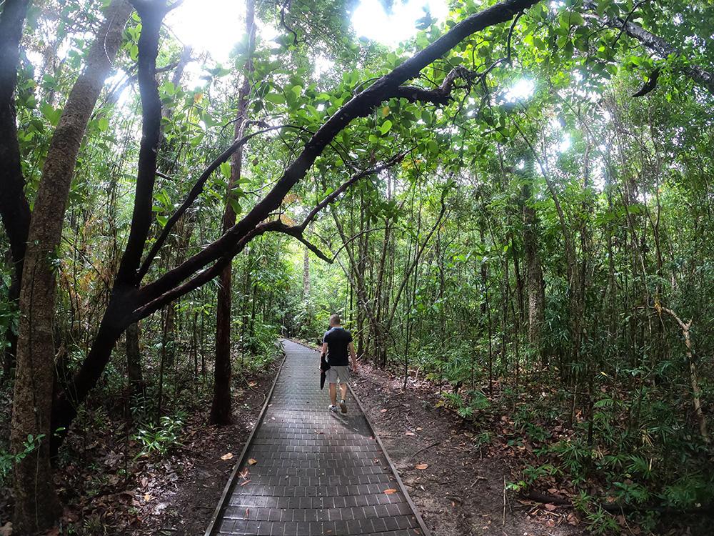 Even geen regen tijdens onze Dubuji Boardwalk hike