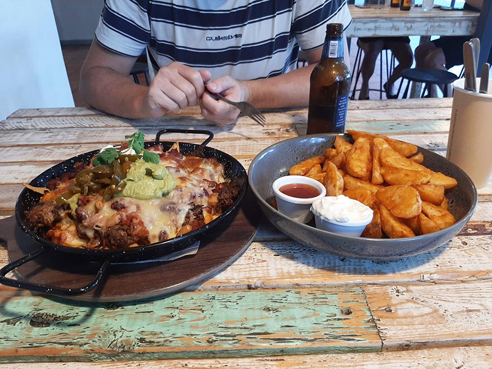 Dineren bij Ellis Beach Bar & Grill