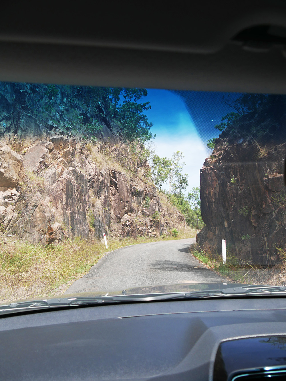 De weg naar de Wallaman Falls