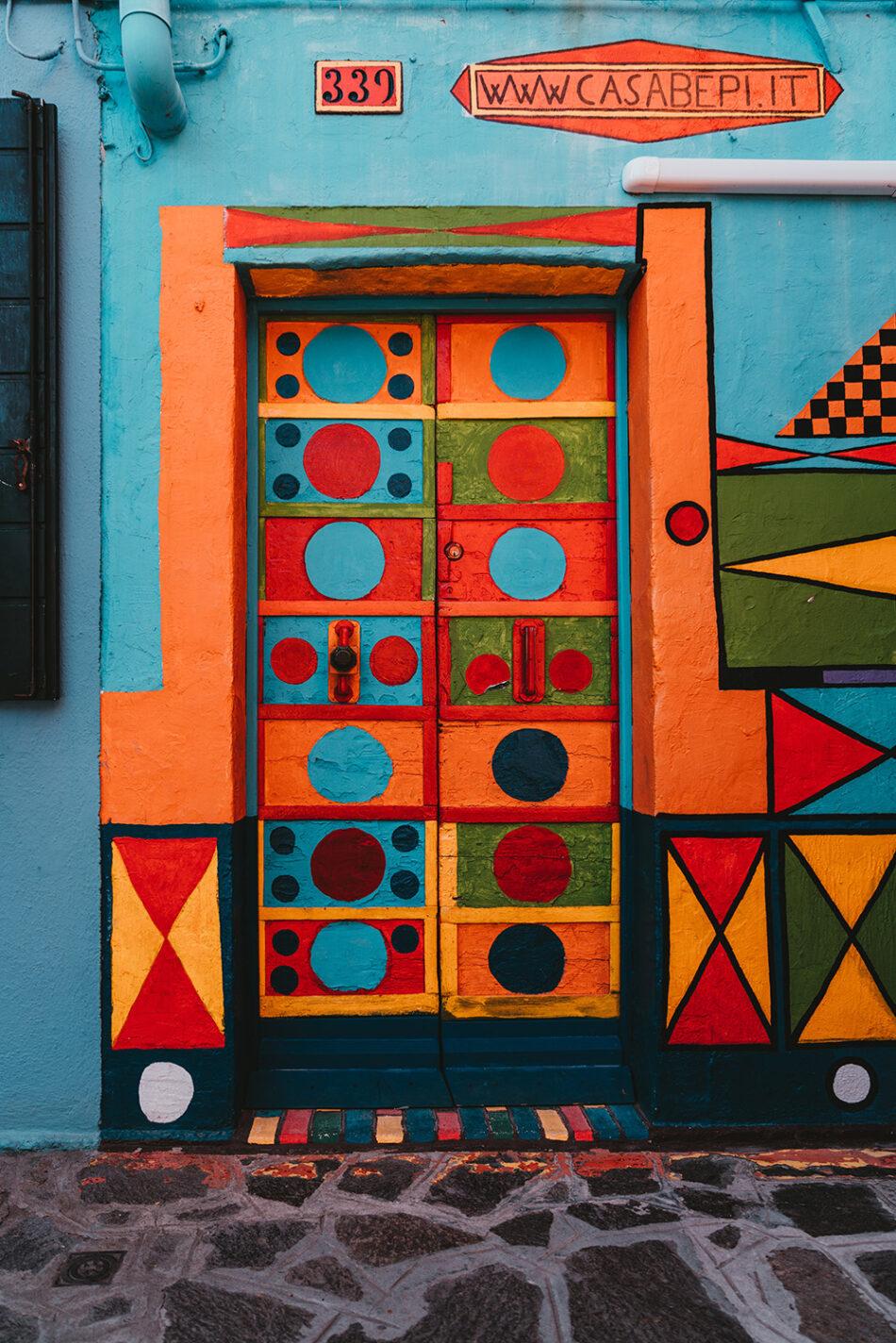 Het kleurrijke Casa Bepi Suà op het eiland Burano