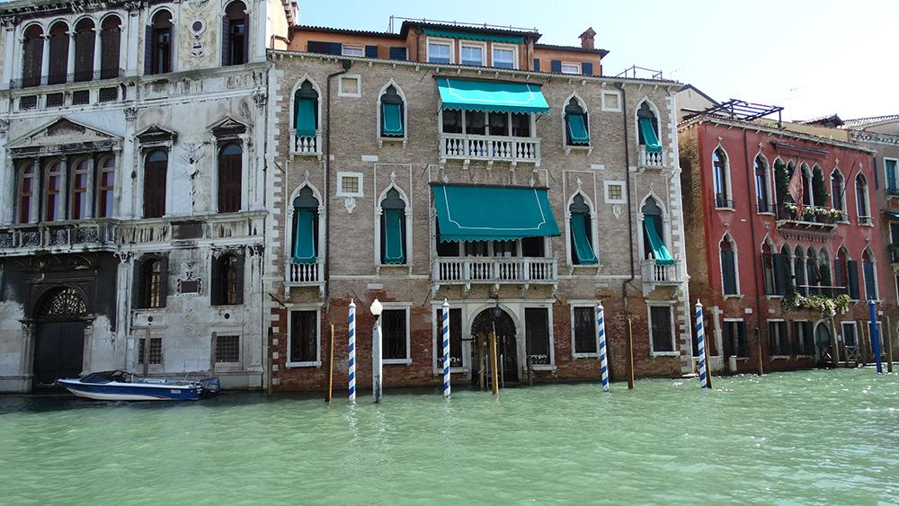 De mooiste paleizen in het water in Venetië