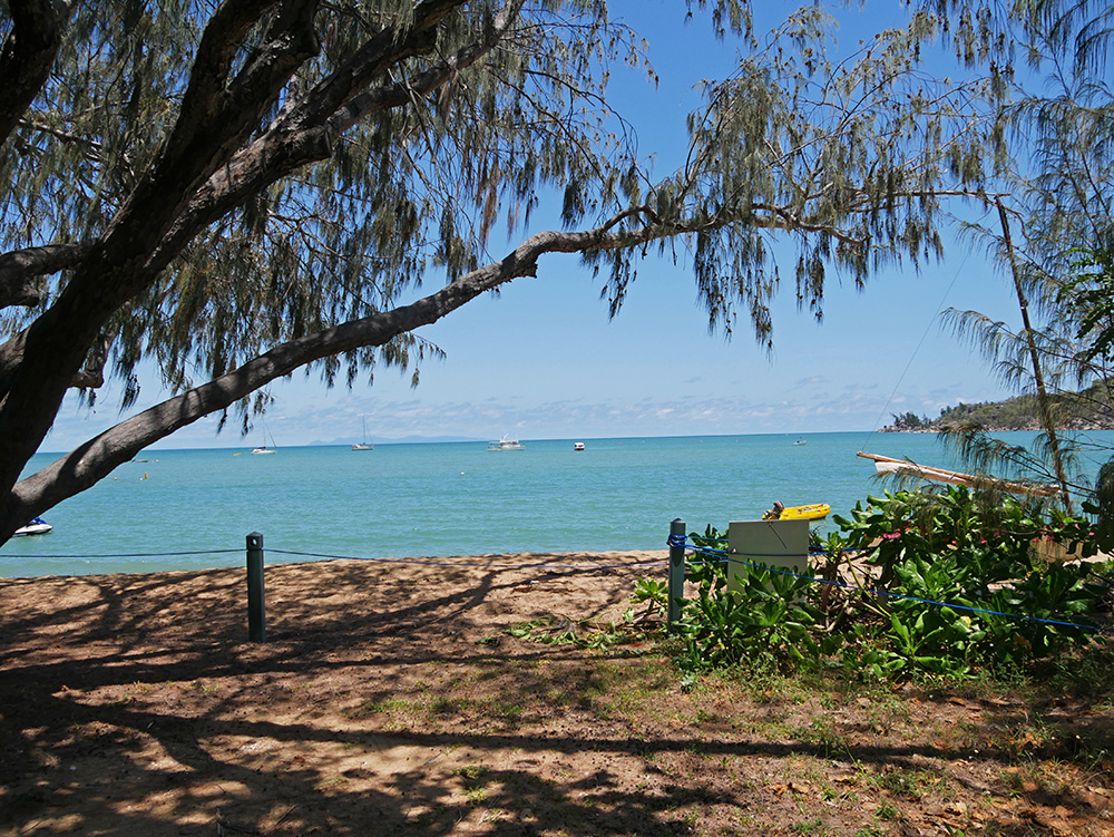 Uitzicht vanaf de bushalte in Horseshoe Bay