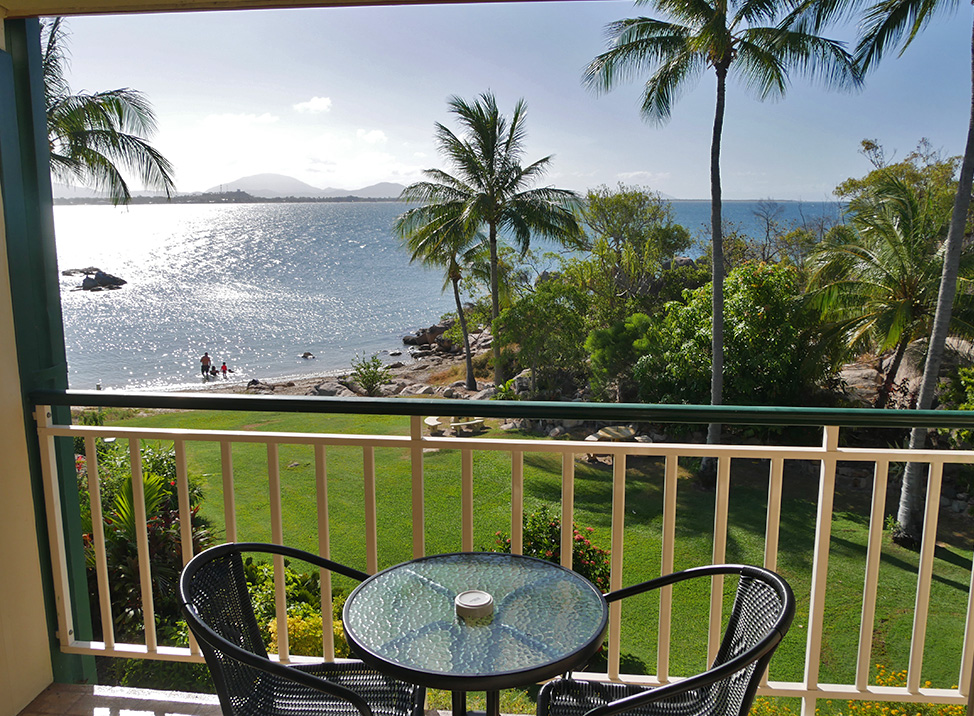 Prachtig uitzicht op een privé baaitje van het resort