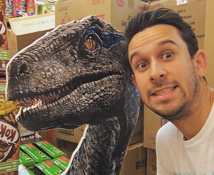 Selfie met een dinosaurus