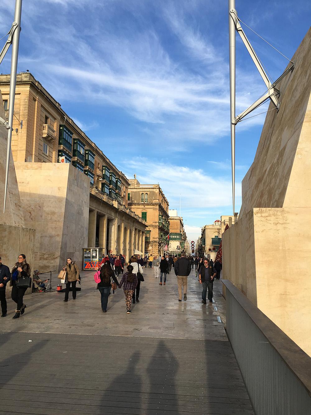Bruisende straat op Malta