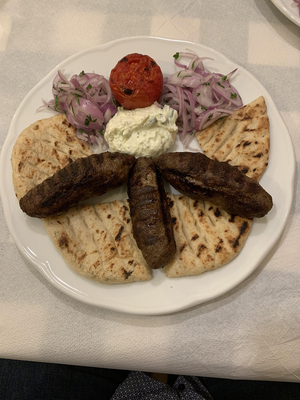 Dit krijg je als je kebab bestelt - Náuplion