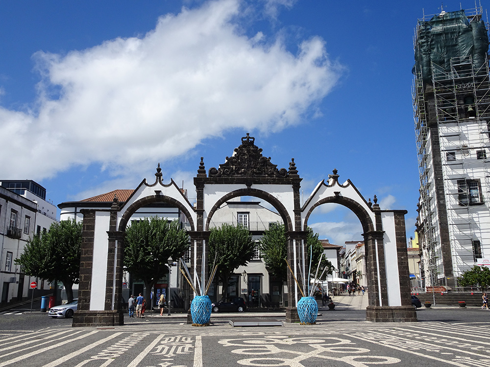 In het centrum van Ponta Delgada